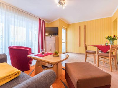 Photo for C 04: 40m², 2-room, 2 pers., Balcony, WL - F-1046 Haus Mozart in the Baltic resort of Binz