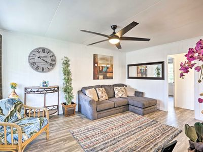 Photo for NEW Event-Friendly & Walkable Honolulu Apt w/Lanai