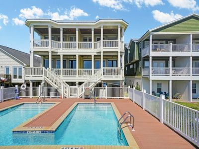 Photo for OUTDOOR POOL - LUXURIOUS spacious 5 bedroom/4 bath OCEANFRONT Duplex - 1 Perfect Alignment