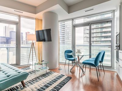 Photo for Simply Comfort. Luxurious Downtown Suite