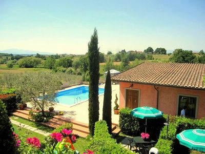Photo for APARTMENTS in Farmholidays - Pool air conditi. FreeWiFi in the heart of Tuscany