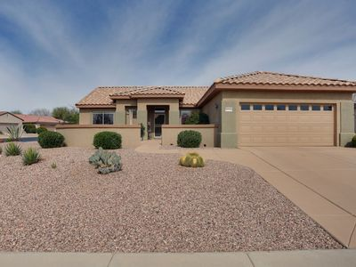 Photo for GREAT HOME/GREAT LOCATION/CORNER LOT/PRIVATE BACKYARD/GOLF CART/NEWLY REMODELED