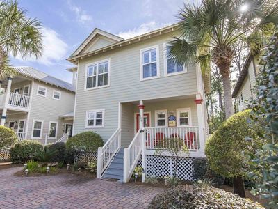 Photo for 30A Private Vacation Home. Short Walk to the Beach! Community Pool