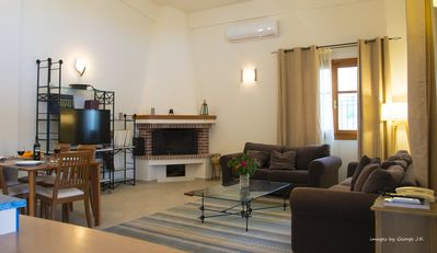 Photo for ''Minos'' Maisonette House overlooking the Minoan Palace of Knossos !!