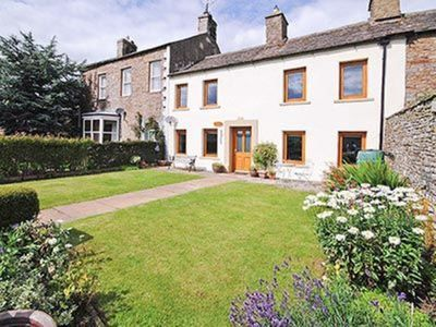 Photo for 4 bedroom property in Hawes. Pet friendly.