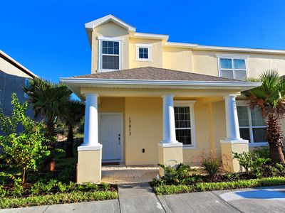 Photo for 3 bedroom townhome only 8 miles to Disney