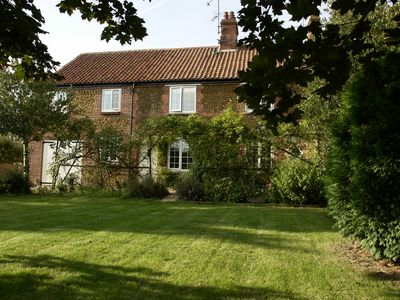 Photo for Large Pet Friendly Self Catering Norfolk Holiday Cottage, Heacham Norfolk