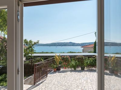 Photo for Apartment Vin  A1 (4+1)  - Seget Donji, Riviera Trogir, Croatia