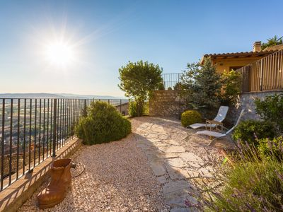 Photo for Apartment with panoramic view in Umbria