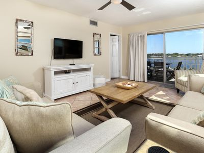 "Photo for ""El Matador Unit 569"" Gorgeous corner unit with great view of the Inter-Coastal Waterway"""