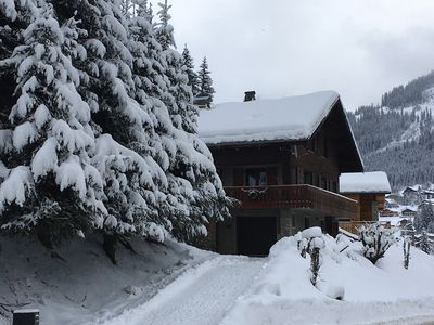 Photo for 5 Bedroom Chalet close to Linga Telecabin at the heart of The Portes du Soleil