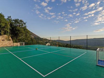 Photo for House 60 m from the center of Dunave with Parking, Internet, Air conditioning, Pool (452071)
