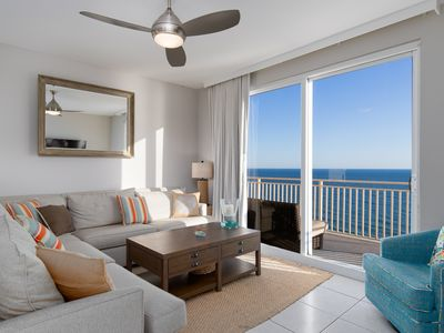 Photo for Exquisite Splash Resort Penthouse - Waterpark Included!