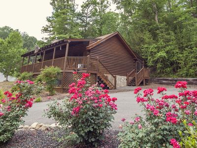 ER306- A Smoky Mountain Dream- Great location- Close to town