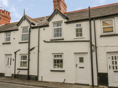 Photo for GWINDY TERRACE in Rhuddlan, Ref 993011