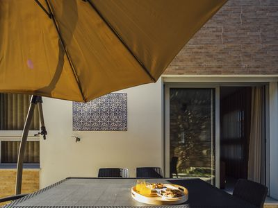 Photo for Muralha - T2 Holiday Apartment By SCH033