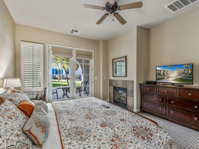 Photo for Single Story Townhome, Beautiful Spanish Fountain Crtyd., Close to Pool - Ground Floor (H90)