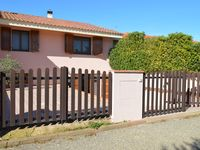 Very well equipped, spacious house just 100 metres from the sea