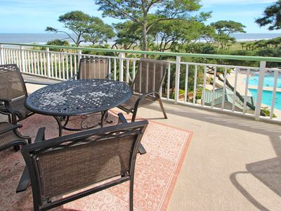 Photo for Oceanfront resort condo with shared pool, hot tub, easy beach access!