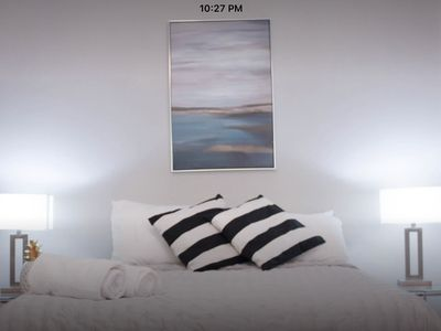 Photo for Upper Beaches - on the Danforth 2bedroom, Sleeps up to 7
