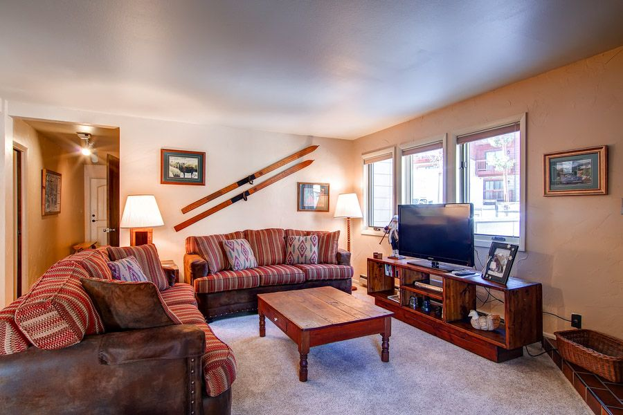 Breckenridge Colorado condo lodge accommodation