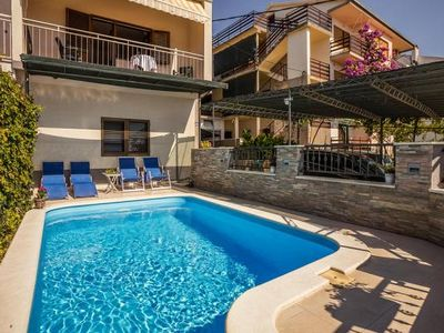 Photo for holiday home Petra, Podstrana  in Mitteldalmatien - 9 persons, 3 bedrooms
