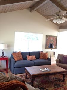 Lovely and Private Retreat Close to Downtown - A True Ojai Experience.