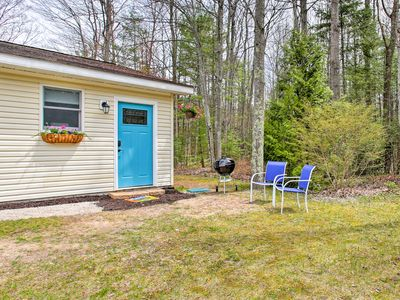 Photo for Cozy Suttons Bay Studio w/Fire Pit-Walk to Beach!