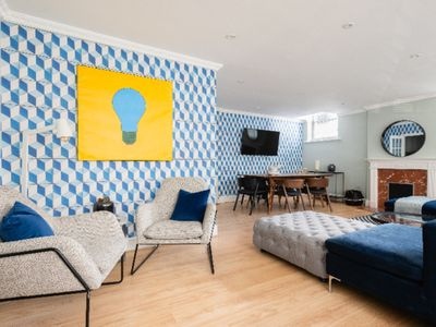Photo for The Kensington Palace Mews - Bright & Modern 6BDR House with Garage