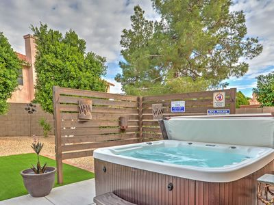 Photo for Yard, Hot Tub & Grill - Remodeled Scottsdale Home!