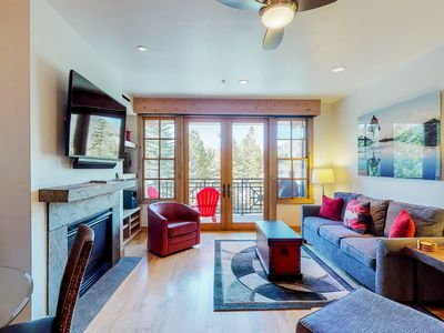 Photo for Beautiful condo w/access to shared pools, hot tubs, & more - close to skiing!