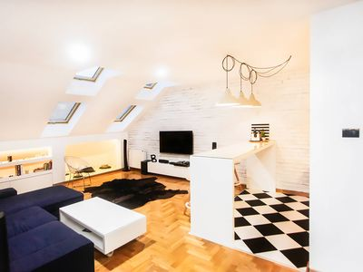 Modern Loft In Downtown Novi Sad