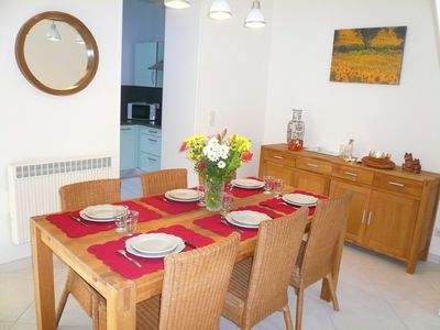 Photo for Town House Avignon, air conditioning, wifi, private parking, 10 minutes walk from the ramparts