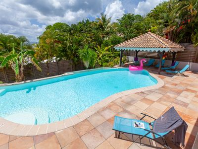 Photo for Creole villa 5 bedrooms, 5 shower rooms, pool, sea view, beach walk