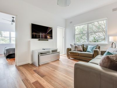 Photo for Renovated art deco flat close to city and harbour