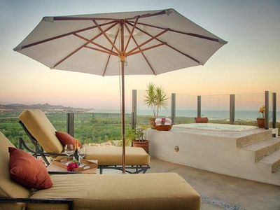 Photo for Amazing 2-Story Luxury Penthouse With Extra Rooftop Terrace & Private Jacuzzi