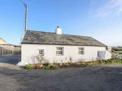 Photo for Farm Cottage, CEMAES BAY