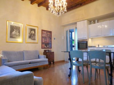 Photo for 1BR Apartment Vacation Rental in Milano, Milán