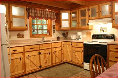 Full Kitchen ready for your cooking