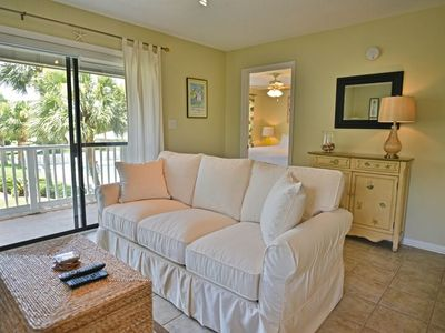 "Photo for ""Angie's Dream"" - Located in the Heart of Seagrove - Beachwood Villas - Sleeps 8"