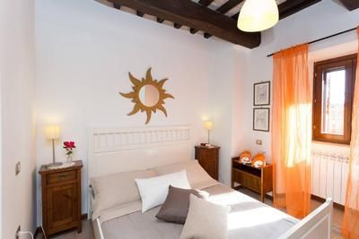 Photo for Apartment Spello for 2 - 3 people with 1 bedroom - Historical building