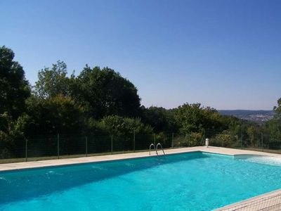 Photo for Charming cottage 2/4 in Périgord with pool in a building of the seventeenth