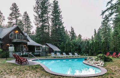 Photo for Family Cabin with hot tub, private pool, WiFi, Cable TV and room for all