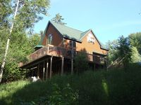 Wonderful fall getaway. Very comfortable home away from home.