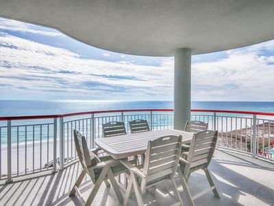 Photo for Stunning renovations Spacious patio/ocean view Already booking 2020, reserve now