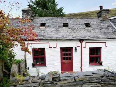 Photo for 2 bedroom property in Dolwyddelan and Penmachno. Pet friendly.