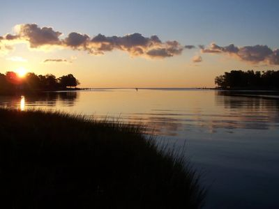Photo for Lovely Chesapeake Waterfront Flat Just 26 Mi to DC