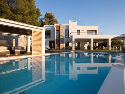 Photo for 5BR Villa Vacation Rental in Chania 731 33