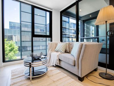 Photo for 1BR Apartment Vacation Rental in Hawthorn