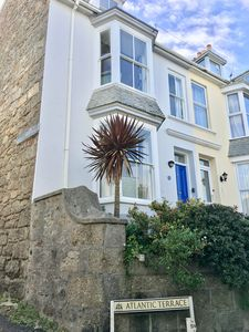 Photo for Spacious 3 storey house with views of St Ives harbour and 5 mins from beaches